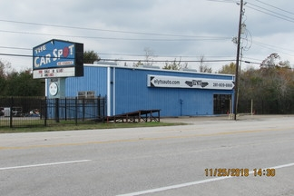 3404 South Main St. FOR LEASE