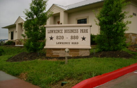880 Lawrence Rd. Office Building FOR SALE
