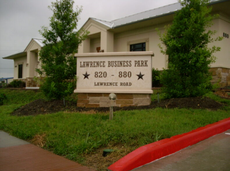 880 Lawrence Rd. Office Space FOR LEASE