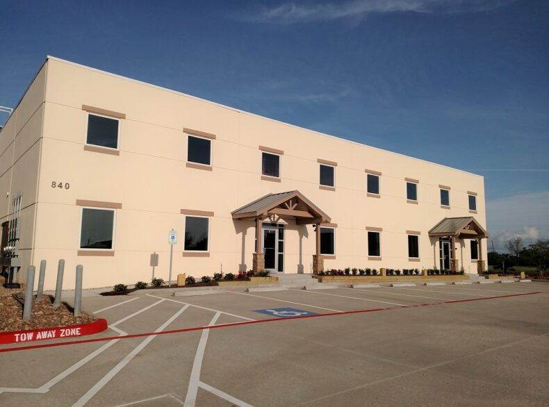 840 Lawrence Rd. FOR LEASE